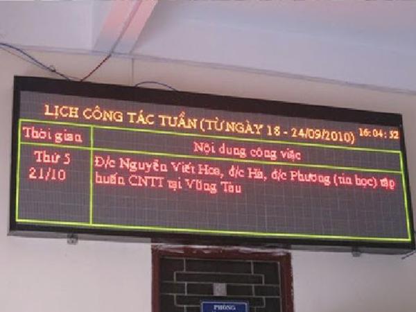 biển quảng cáo LED P4.75 3 màu Trung Quốc giá rẻ